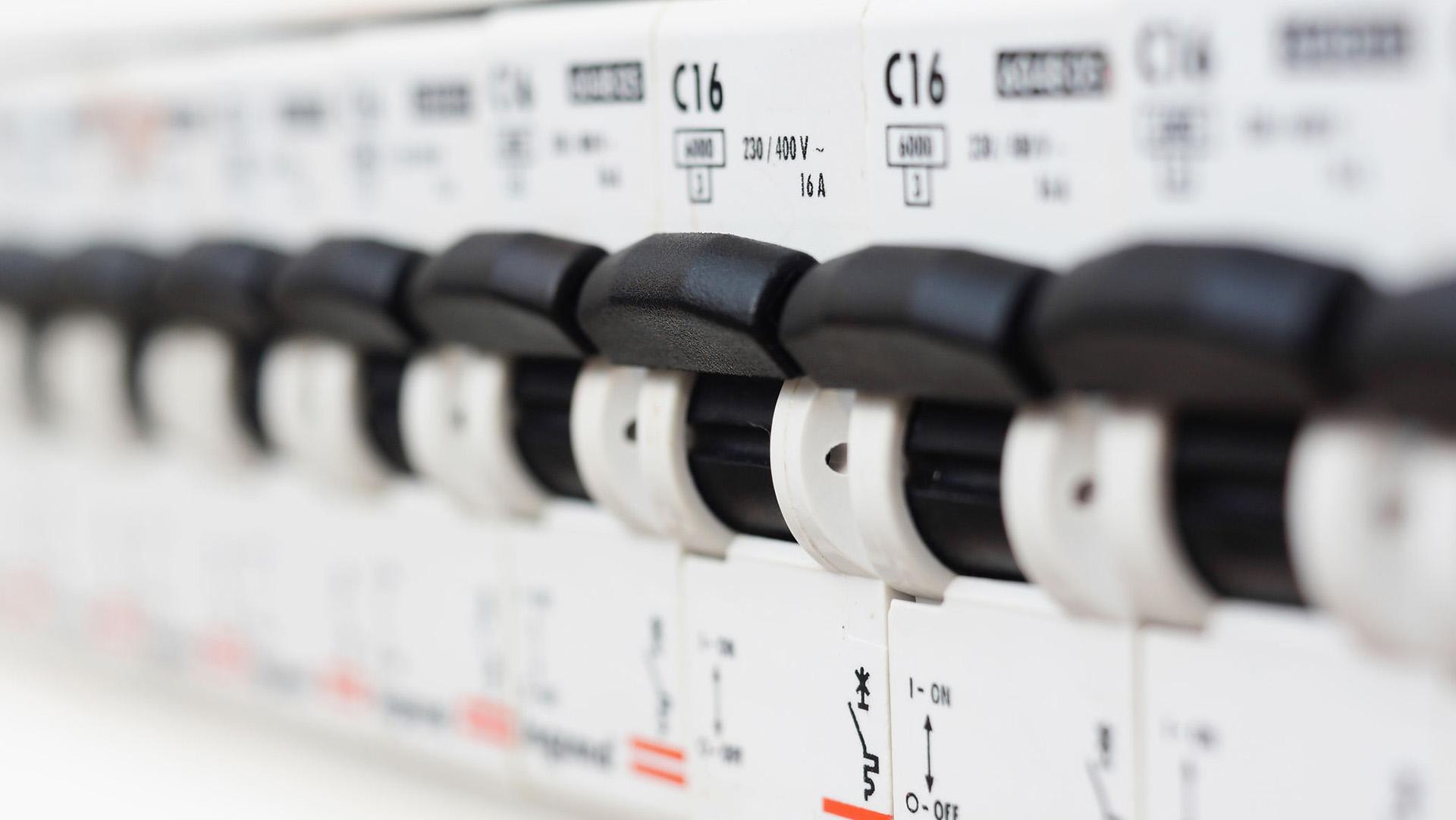realizzazione impianto elettrico construction of an electrical system